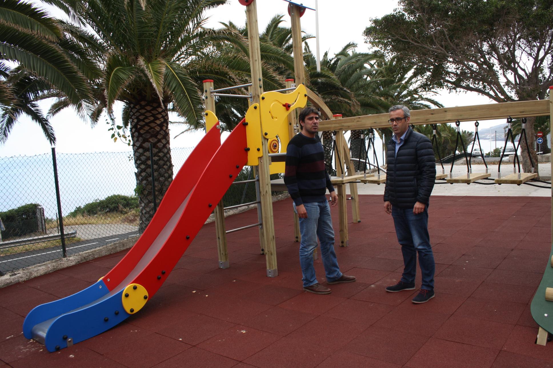 El ayuntamiento de santa cruz de la palma recupera y - Parques infantiles en santa cruz de tenerife ...